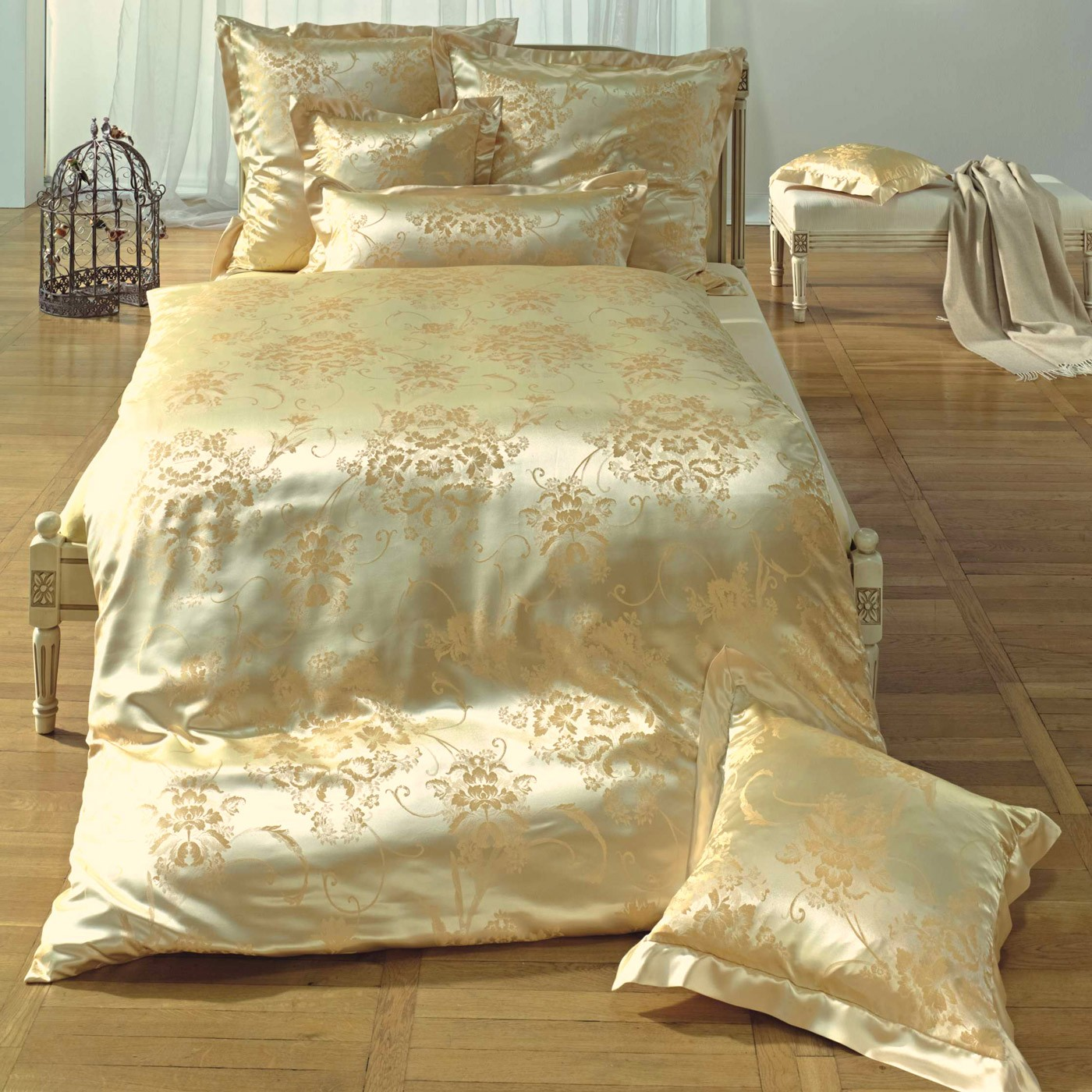 bettw sche curt bauer marie antoinette gold. Black Bedroom Furniture Sets. Home Design Ideas