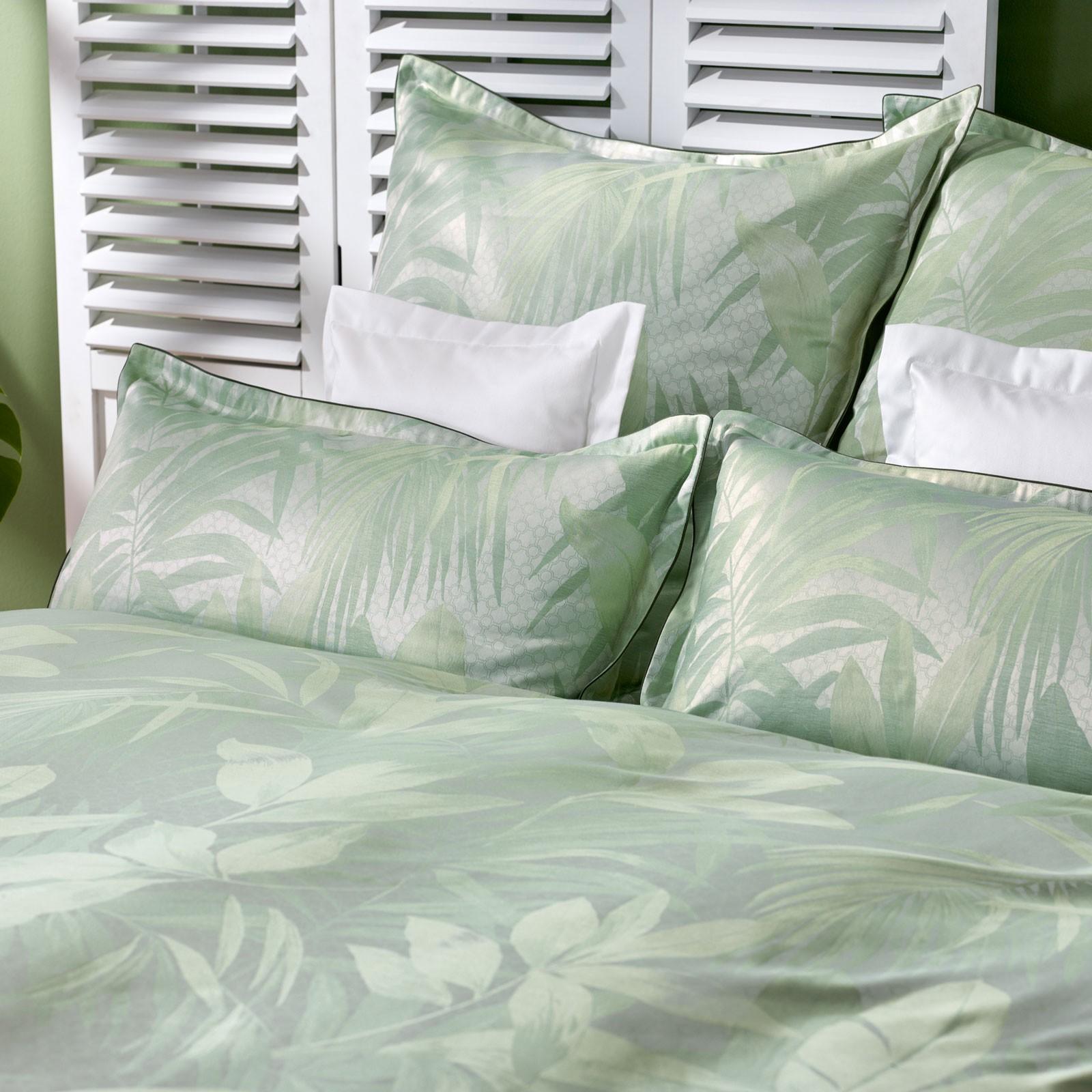 cb bauer bettw sche kleiderschr nke bestellen bettw sche kaufen m nchen monster. Black Bedroom Furniture Sets. Home Design Ideas